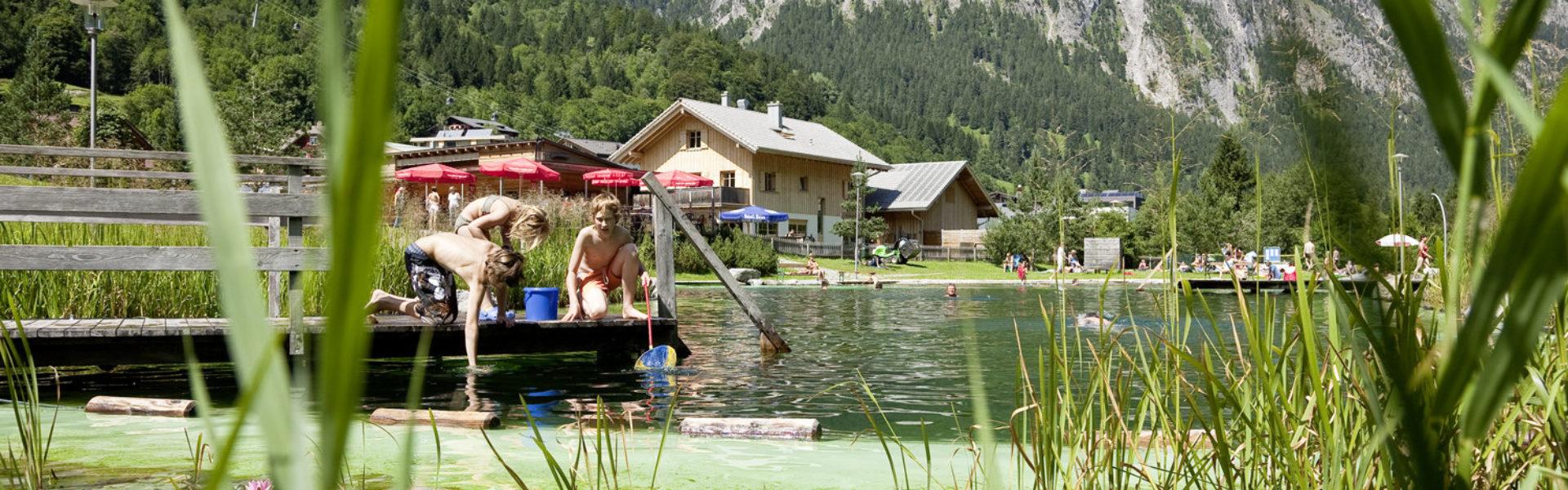 Naturbadesee Brand © Dietmar Walser / Alpenregion Bludenz Tourismus
