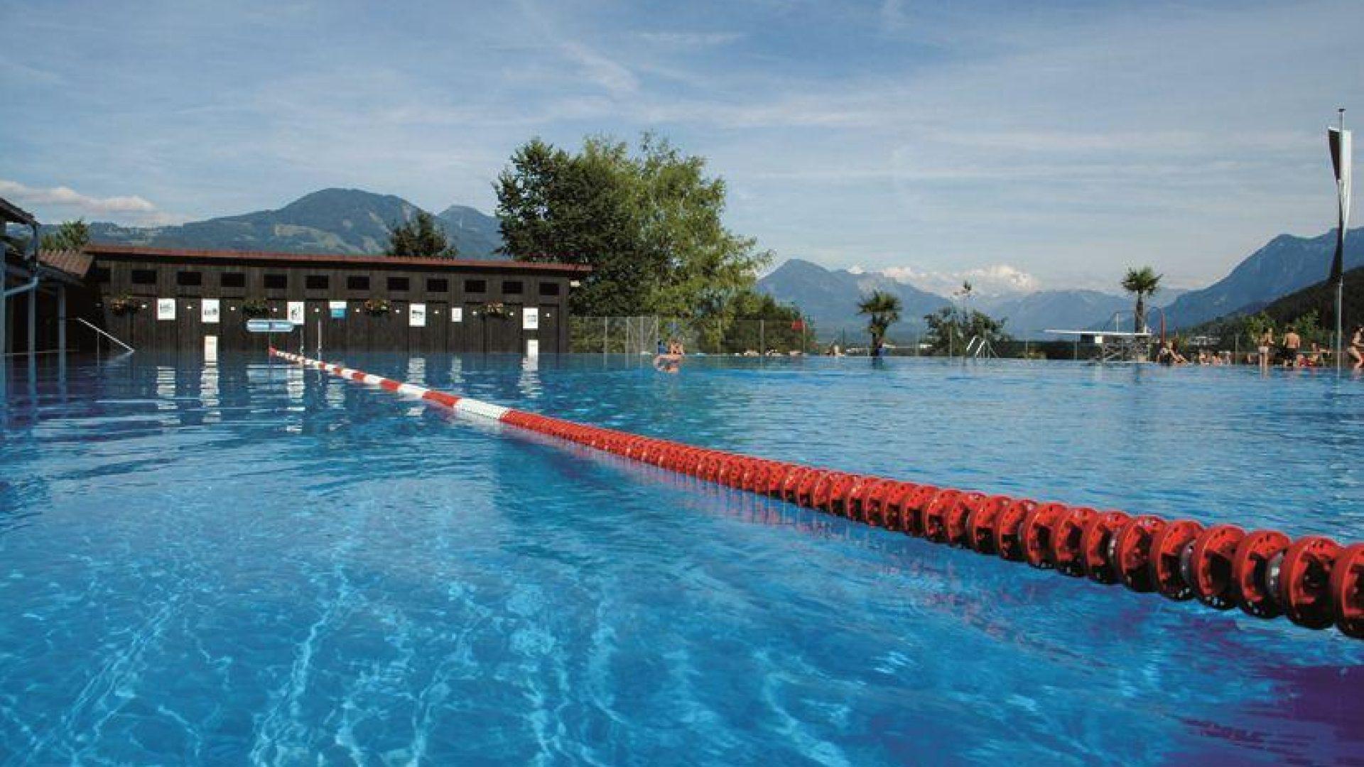 Schwimmbad Felsenau Frastanz