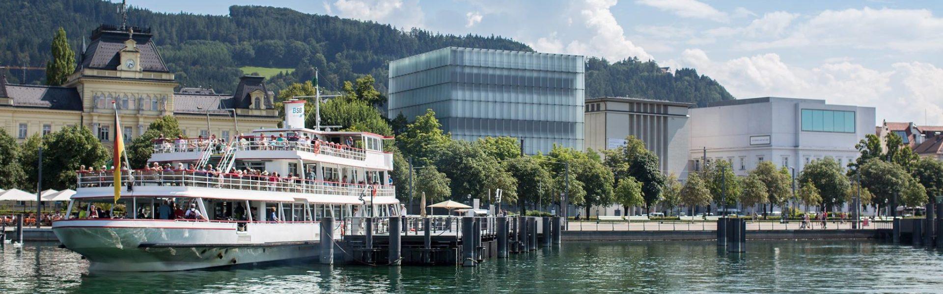 Bregenz, Schiff der Vorarlberg Lines im Hafen, Kunsthaus Bregenz, vorarlberg museum (c) Petra Rainer