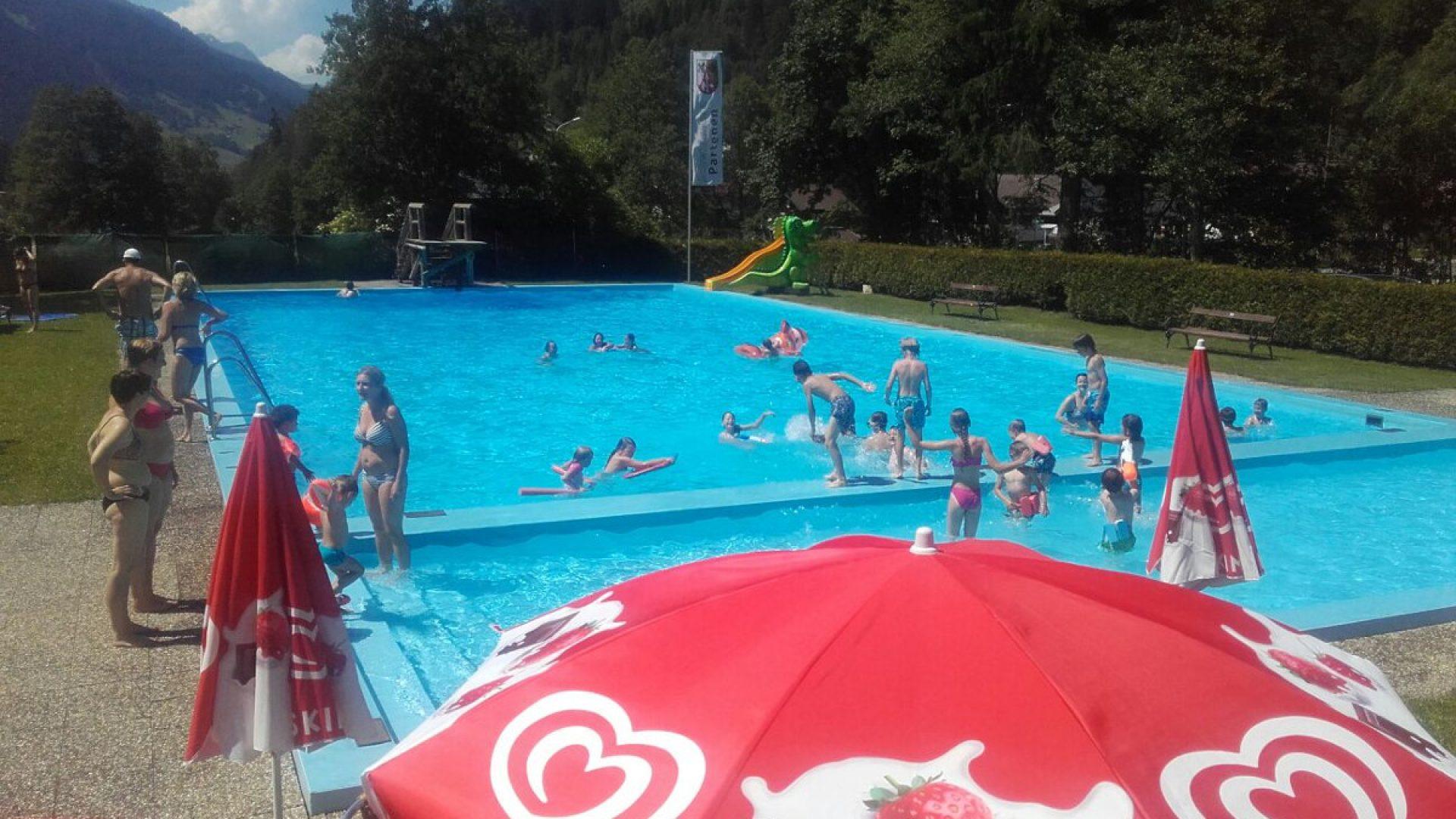 Schwimmbad Partenen